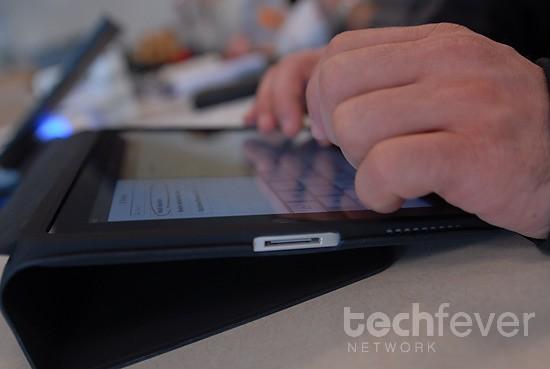 apple ipad hands-on