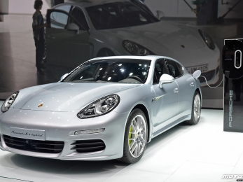 IAA 2013: Porsche Panamera S e-hybrid