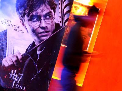 E-Reading: Harry Potter liest in der Zeitung der Zukunft