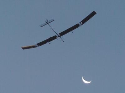 Englisch Solar Flugzeug Zephyr