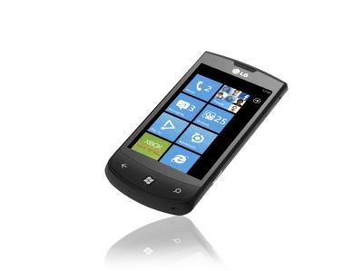 «LG Optimus 7» представлен, как первый смартфон с новой ОС Windows Phone 7