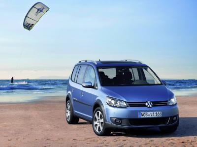Volkswagen Touran теперь доступен в качестве Cross-версии
