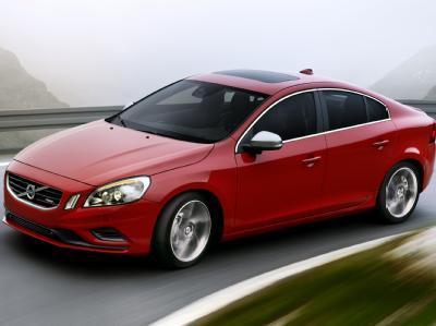 Volvo выпускает новые модели в спортивном R-Design