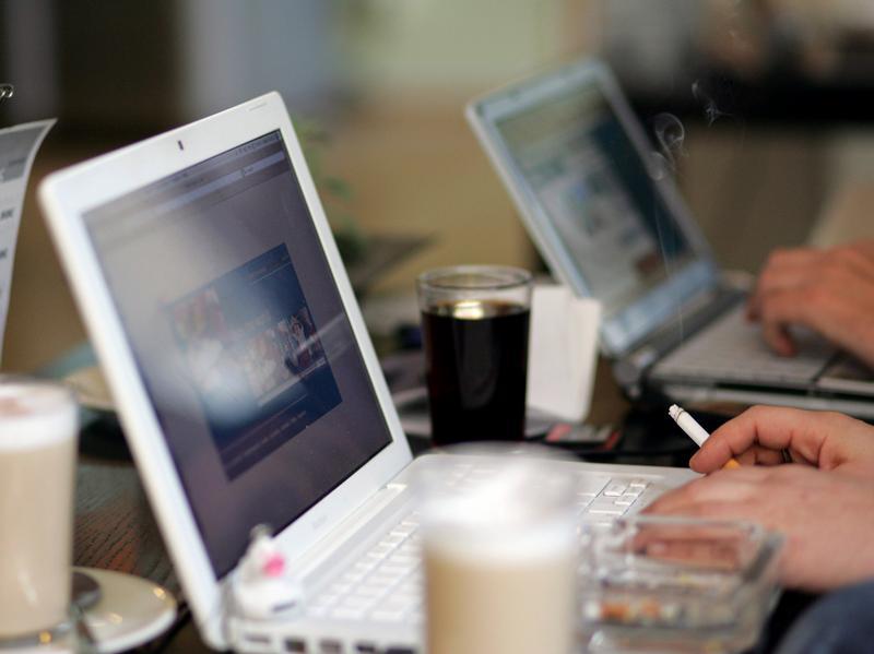 Sommer, Sonne, Sonnenschein - und das Web dabei: Im Urlaub sicher im Internet surfen