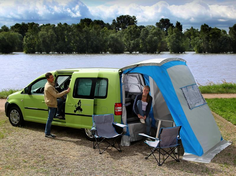 camping hinterm kombi coole heckzelte f r den pkw motorblog smart auto mobility news by. Black Bedroom Furniture Sets. Home Design Ideas