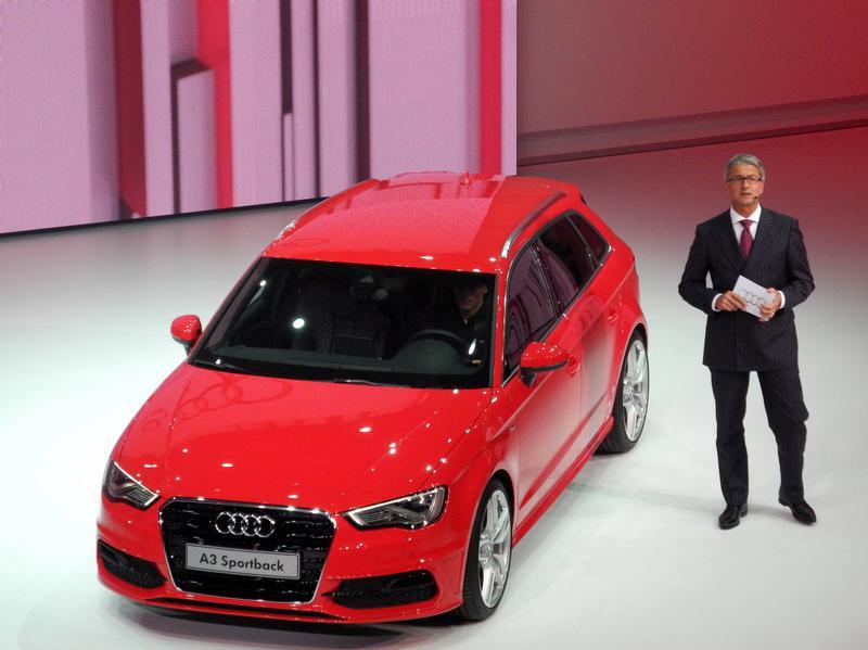 Эко-звезды на выставке в Париже - Audi A3 Sportback TCNG