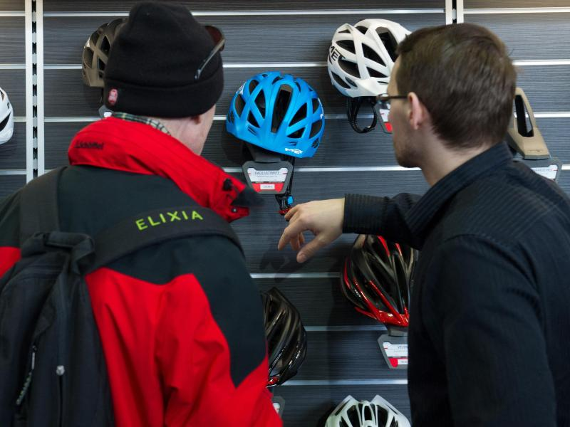 Bikes |Fahrrad-Unfall ohne Helm kann schnell tödlich endlich