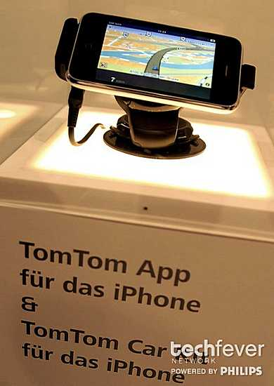 tomtom apple iphone hands-on IFA