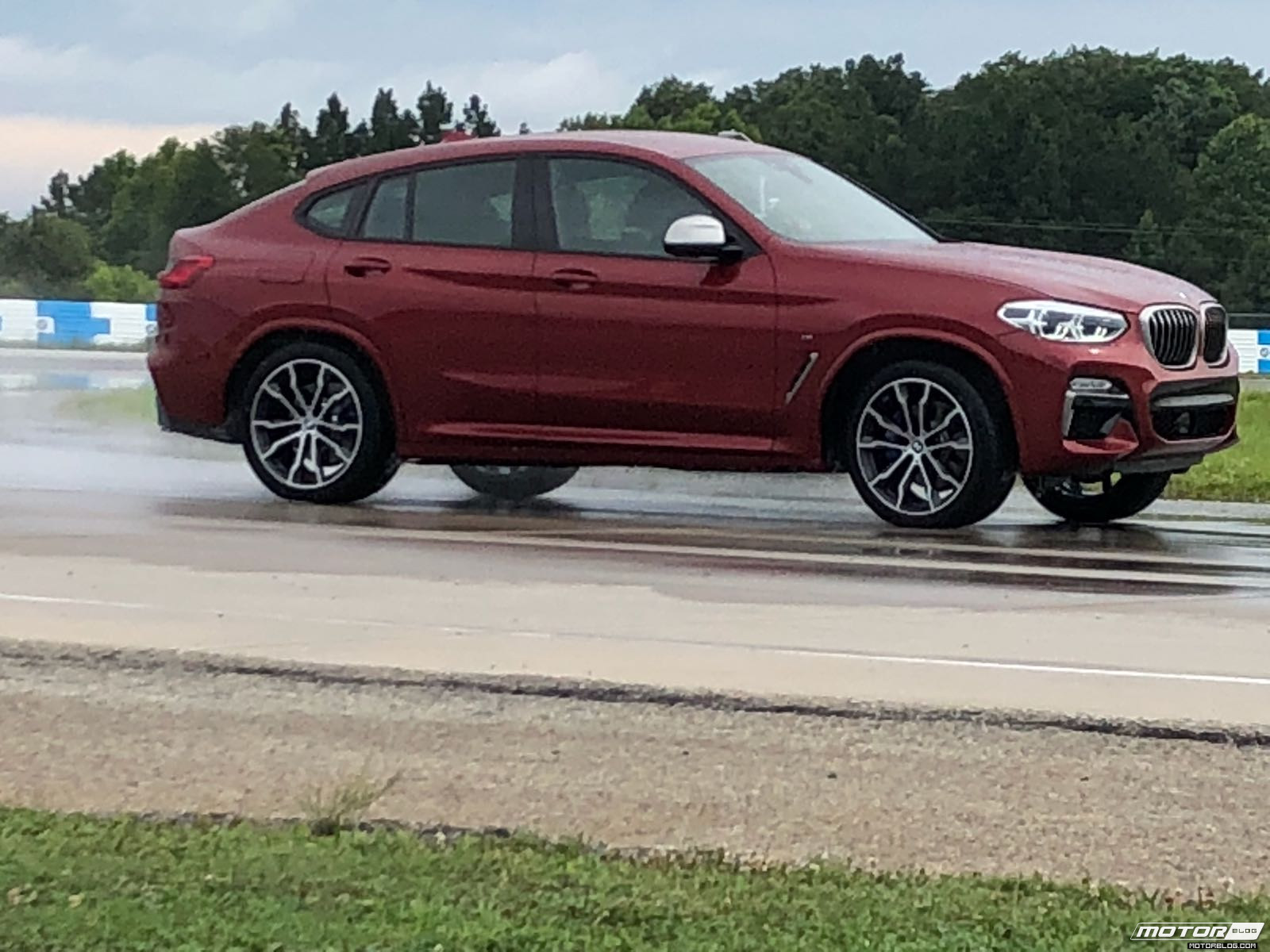 BMW x4 2018 Premiere Spartanburg media event Drift 4