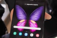 Samsung-Galaxy-Fold-5G-Samsung-faltet-das-Handy-zum-zweiten-Mal_069St